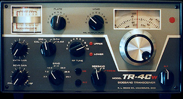 [TR-4Cw/RIT front panel]